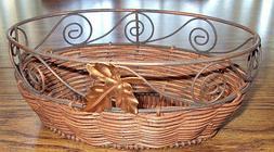 Avon Home Fragrance Collection Pecan Carmel Gift Basket –