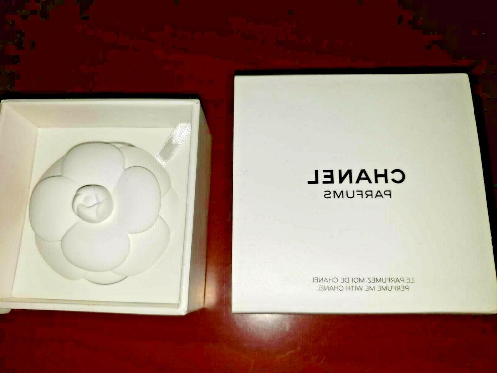 Chanel flower Perfume Diffuser