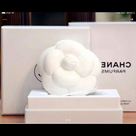 authentic ceramic white flower perfume diffuser new