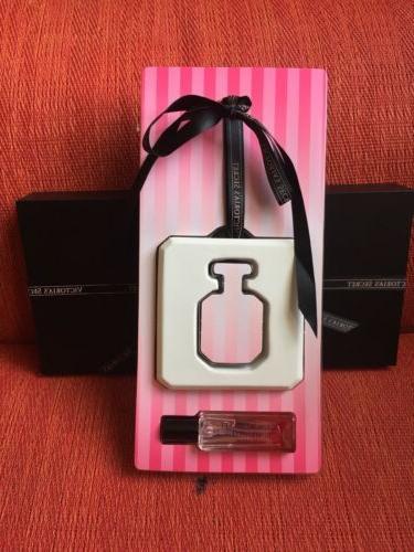 victoria secret Eau De Perpume Spray Fragrance .