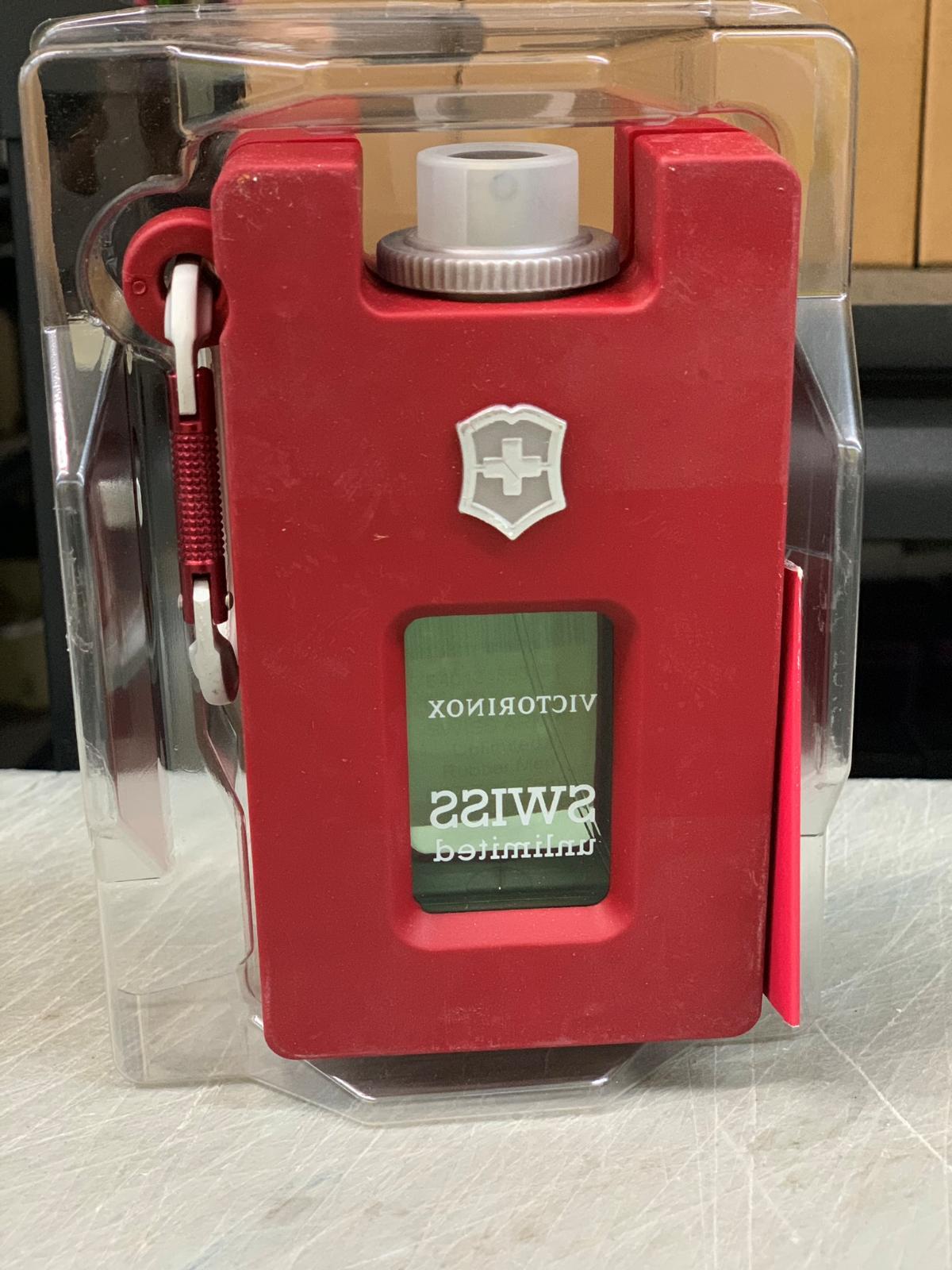 Victorinox Swiss Unlimited Eau de Toilette Refillable Spray